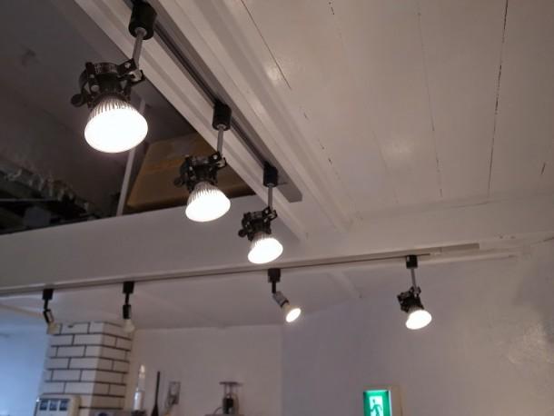 図3.ハロゲンランプから置き換えたLED照明